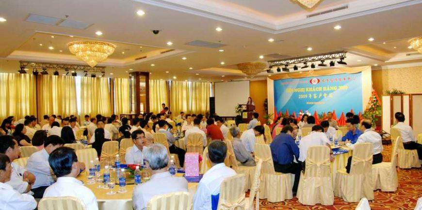 Thẩm quyền cho phép tổ chức hội nghị hội thảo quốc tế
