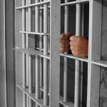 Phân biệt giữa hoãn chấp hành và tạm đình chỉ chấp hành hình phạt tù